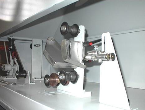 Sistema-automatico-di-verniciatura-chiusini